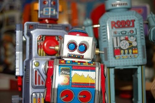 Robot image from JeffeDoe on Flickr